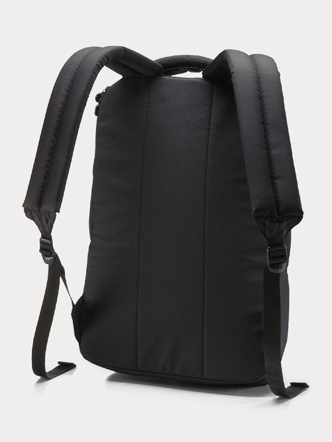 Batoh Puma RSX Backpack Black (2)